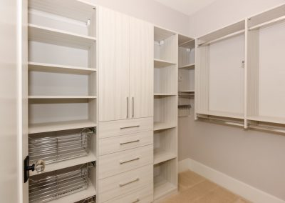 Loyd Buidlers Modern Farmhouse 023 Bedroom Closet