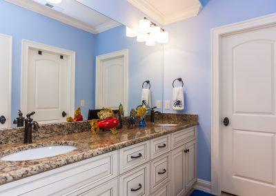 Loyd Builders Abbington Lot 53 013 Bathroom