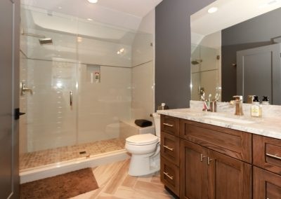 Loyd Builders Hills Of Rosemont Lot 63 039 Bathroom 2
