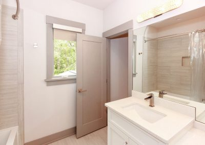 Loyd Builders MacGregor Downs Lot 105 039 Bathroom 4