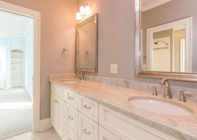 Loyd Builders MacGregor Downs Lot 168 038 Bathroom