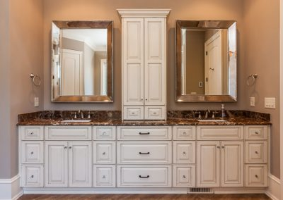 Loyd Builders MacGregor Downs Lot 99 023 Master Bathroom