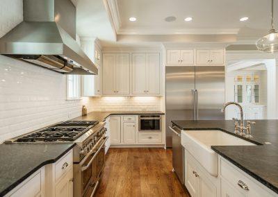 Loyd Builders MacGregor Lot 465 014 Kitchen