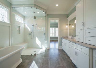 Loyd Builders MacGregor Lot 465 031 Master Bathroom
