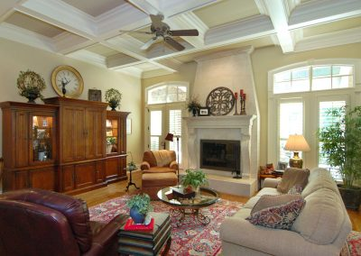 Loyd Builders Newstead Manor Lot 7 015 Living Room.jpg