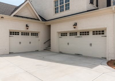 Loyd Builders Renaissance Lot 46 042 Garage