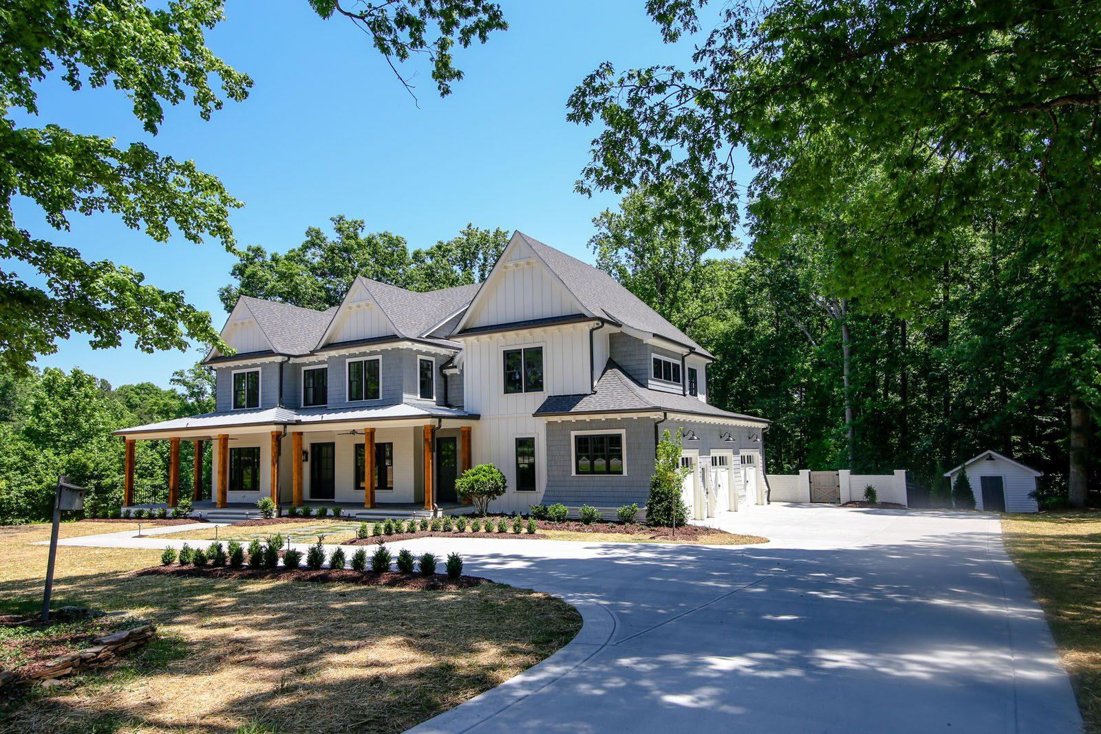 loyd builders suburban farmhouse 001 front exterior - Farmhouse Builders