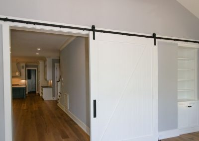 Loyd Builders Suburban Farmhouse 018 Sliding Door