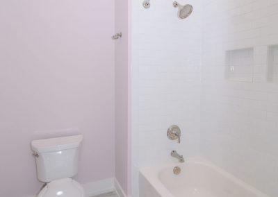 Loyd Builders Suburban Farmhouse 031 Bathroom