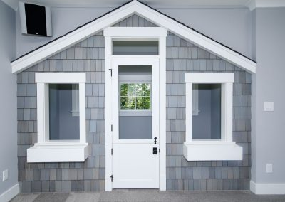 Loyd Builders Suburban Farmhouse 046 Bonus Room