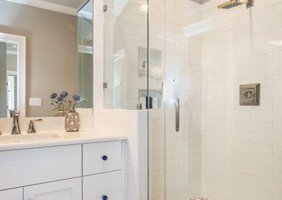 Loyd Builders The Houston 039 Bathroom