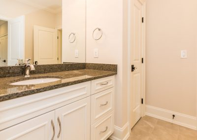 Loyd Builders Colvard Farms Lot 36 023 Bathroom